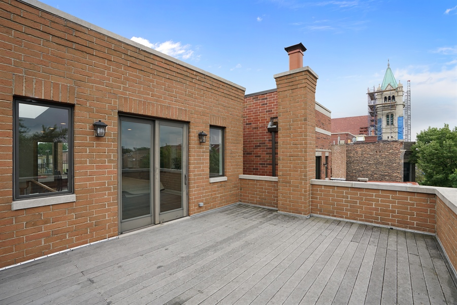 Real Estate Photography - 2335 N. Southport, Chicago, IL, 60614 - Roof Deck