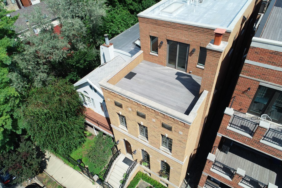 Real Estate Photography - 2335 N. Southport, Chicago, IL, 60614 - Aerial View Front