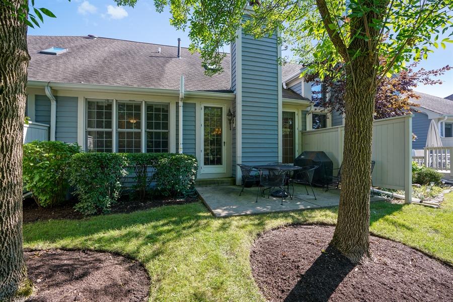 Real Estate Photography - 2118 Trowbridge Ct, Glenview, IL, 60026 - Patio