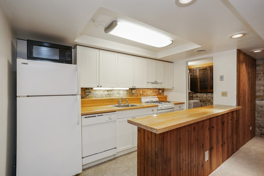 Real Estate Photography - 419 W. Webster, #G, Chicago, IL, 60614 - Kitchen