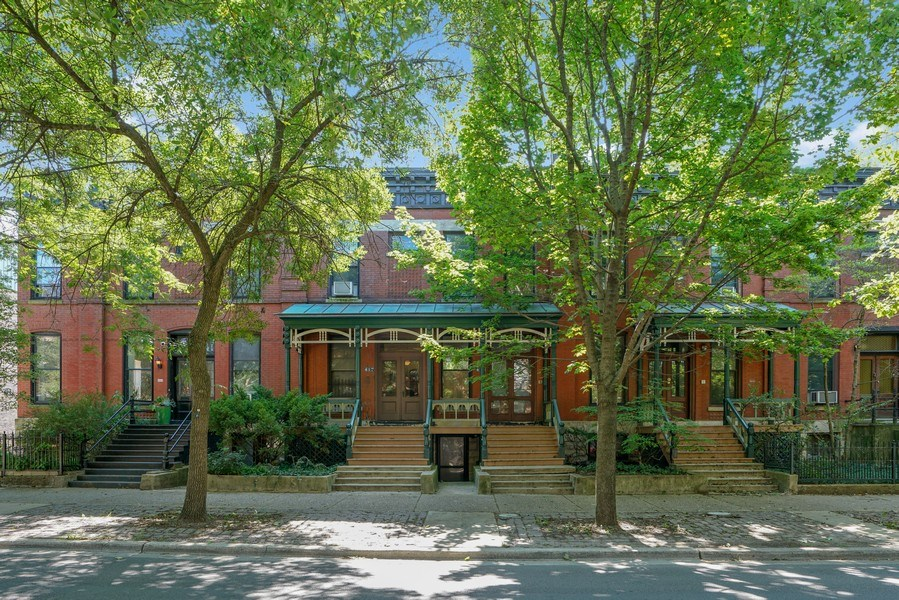 Real Estate Photography - 419 W. Webster, #G, Chicago, IL, 60614 - Front View