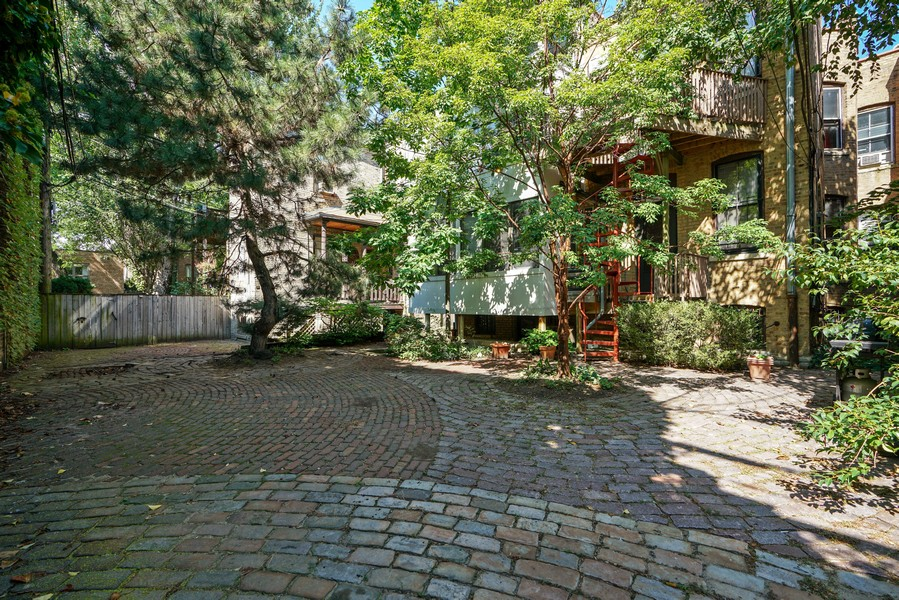 Real Estate Photography - 419 W. Webster, #G, Chicago, IL, 60614 - Patio