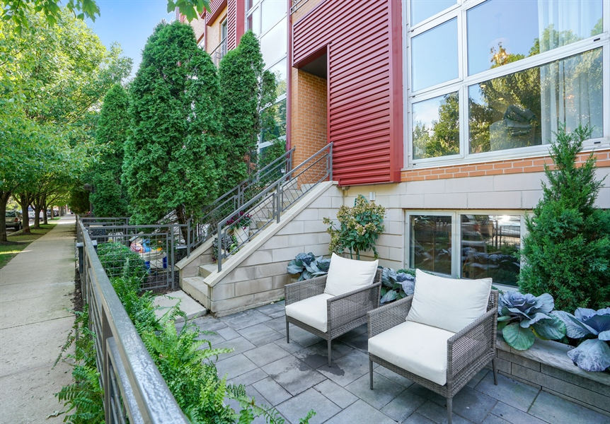 Real Estate Photography - 2145 W Churchill St, Chicago, IL, 60647 - Patio