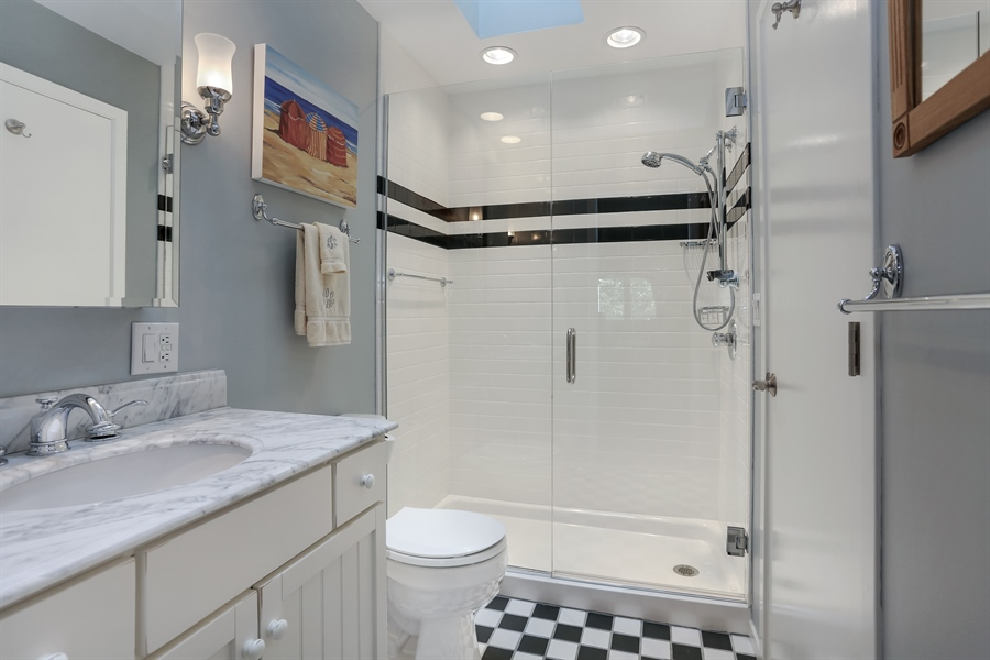 Real Estate Photography - 9836 Weko Drive, 21, Bridgman, MI, 49106 - Full Bathroom #1 of 3