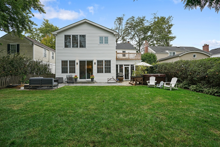 Real Estate Photography - 2400 Greenwood Ave, Wilmette, IL, 60091 - Rear View