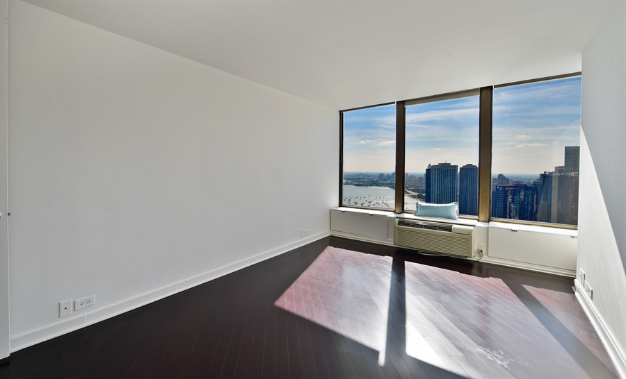 Real Estate Photography - 505 N Lake Shore Dr, Unit 5607, Chicago, IL, 60611 - 2nd Bedroom