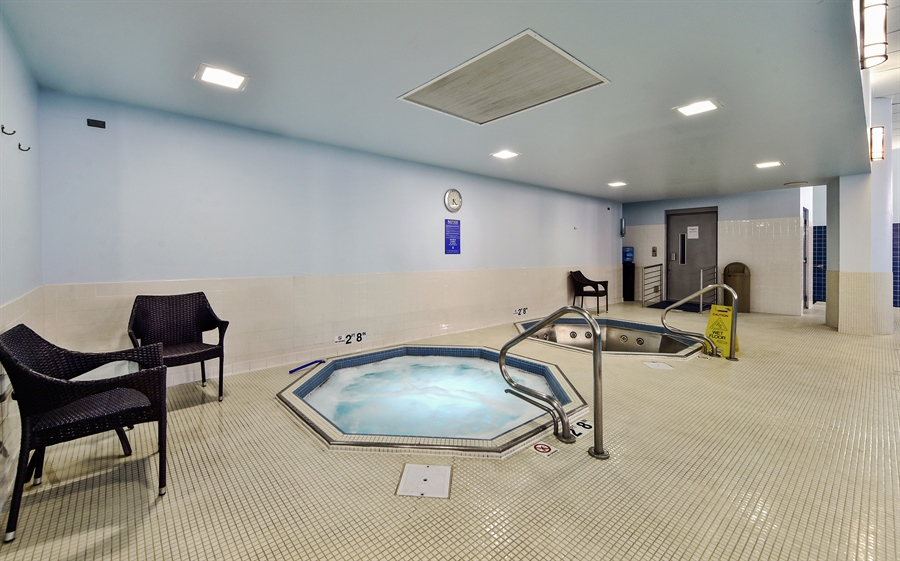 Real Estate Photography - 505 N Lake Shore Dr, Unit 5607, Chicago, IL, 60611 - Hot Tubs