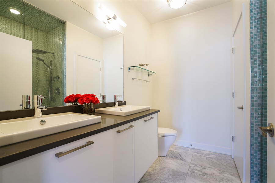 Real Estate Photography - 1611 N Hermitage Ave, Unit #302, Chicago, IL, 60622 - Master Bathroom