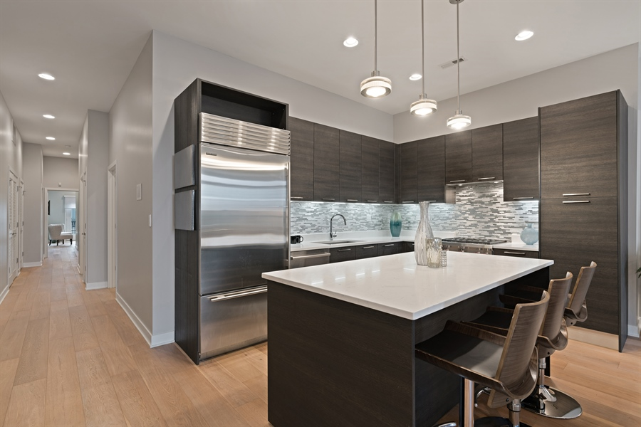 Real Estate Photography - 1611 N Hermitage Ave, Unit #302, Chicago, IL, 60622 - Kitchen