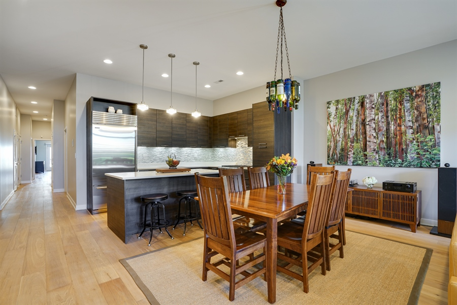 Real Estate Photography - 1611 N Hermitage Ave, Unit #302, Chicago, IL, 60622 - Kitchen / Dining Room