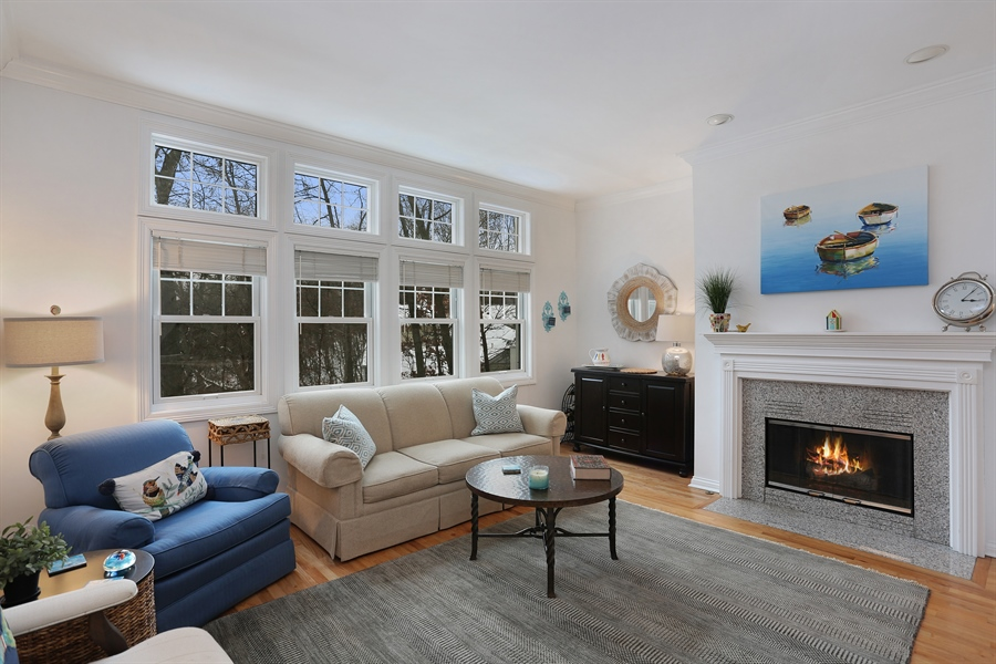 Real Estate Photography - 18459 Dunecrest Drive, 32, New Buffalo, MI, 49117 - Living Room