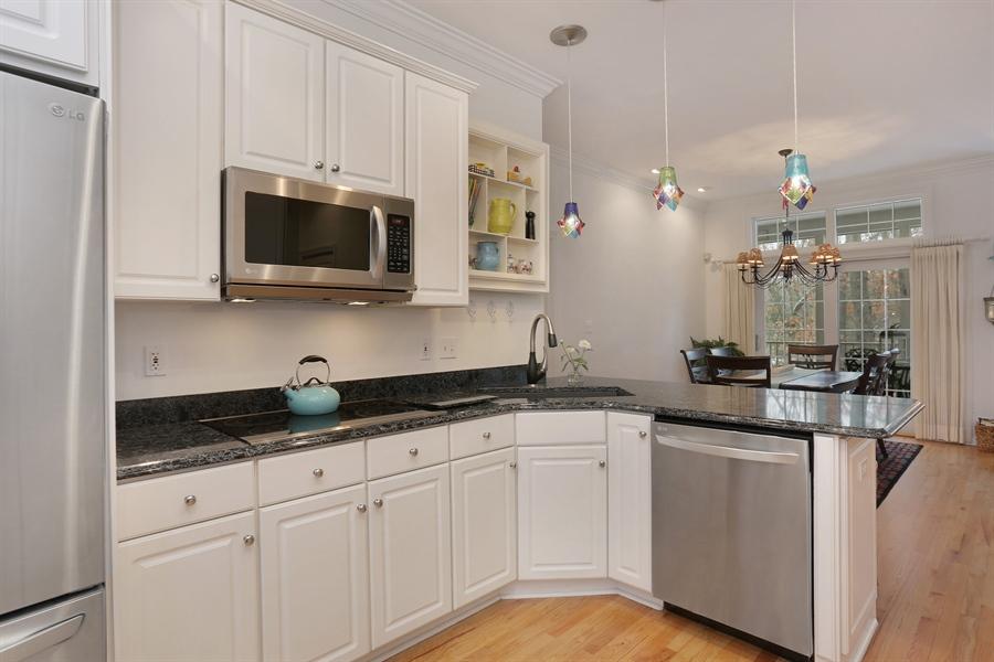 Real Estate Photography - 18459 Dunecrest Drive, 32, New Buffalo, MI, 49117 - Kitchen
