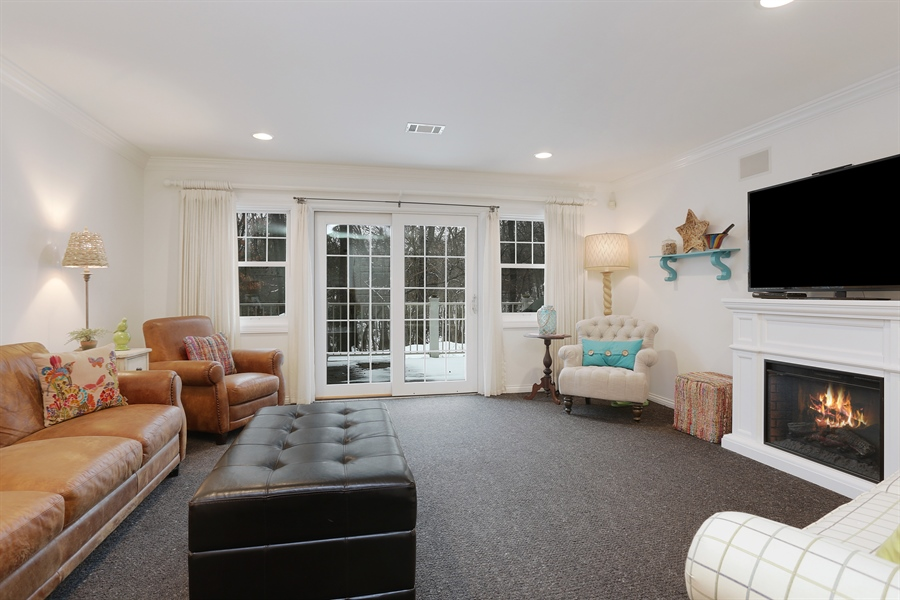 Real Estate Photography - 18459 Dunecrest Drive, 32, New Buffalo, MI, 49117 - Family Room