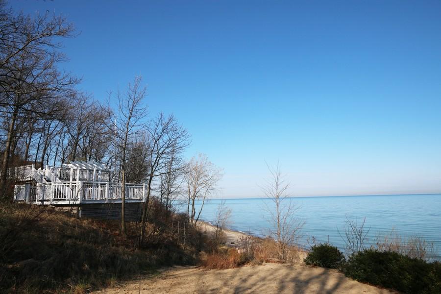 Real Estate Photography - 18459 Dunecrest Drive, 32, New Buffalo, MI, 49117 - Forest Beach Sunset Deck