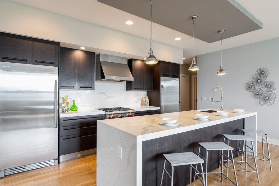 Real Estate Photography - 1317 N. Larrabee, #205, Chicago, IL, 60610 - Kitchen