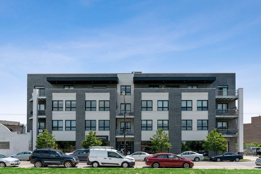 Real Estate Photography - 1317 N. Larrabee, #205, Chicago, IL, 60610 - Front View
