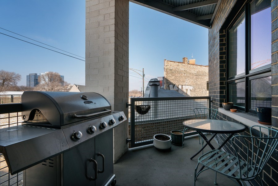 Real Estate Photography - 1317 N. Larrabee, #205, Chicago, IL, 60610 - Balcony