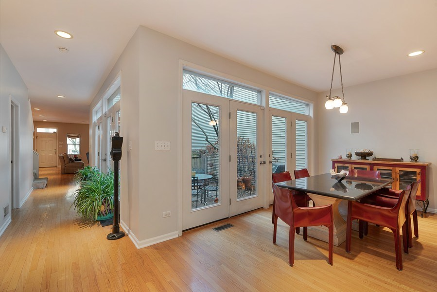 Real Estate Photography - 1524 N North Park Ave, Chicago, IL, 60610 - Dining Area