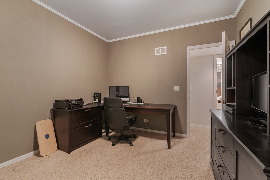 Real Estate Photography - 1524 N North Park Ave, Chicago, IL, 60610 - Office