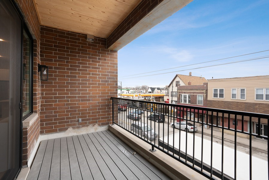Real Estate Photography - 3016 W. Belmont, Chicago, IL, 60618 - Deck