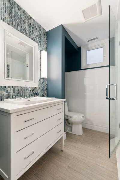 Real Estate Photography - 1710 N. Burling, Chicago, IL, 60614 - 3rd Bathroom