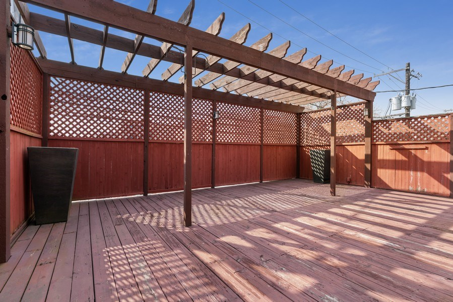Real Estate Photography - 1710 N. Burling, Chicago, IL, 60614 - Roof Deck