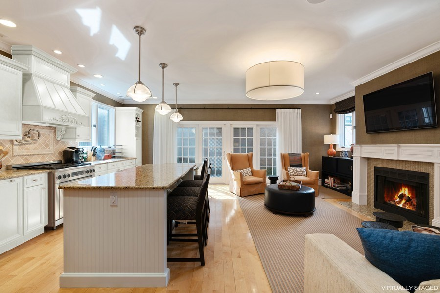 Real Estate Photography - 1710 N. Burling, Chicago, IL, 60614 - Family Room / Kitchen