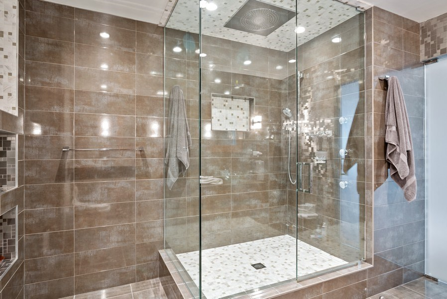 Real Estate Photography - 111 E Chestnut 57KJ, Chicago, IL, 60611 - Master Bathroom