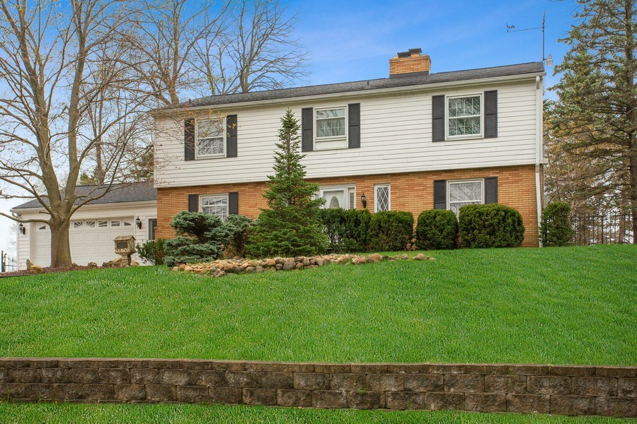 Real Estate Photography - 11791 Marquette Drive, New Buffalo, MI, 49117 - Front View
