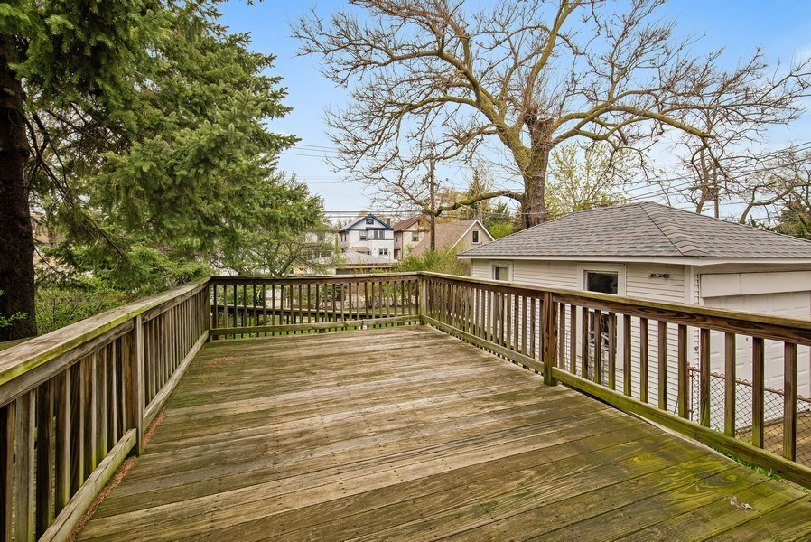 Real Estate Photography - 2130 W. Estes, Chicago, IL, 60645 - Deck