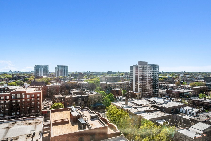 Real Estate Photography - 2440 Lakeview Ave, 12F, Chicago, IL, 60614 - View