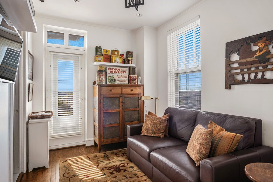 Real Estate Photography - 2440 Lakeview Ave, 12F, Chicago, IL, 60614 - 3rd Bedroom