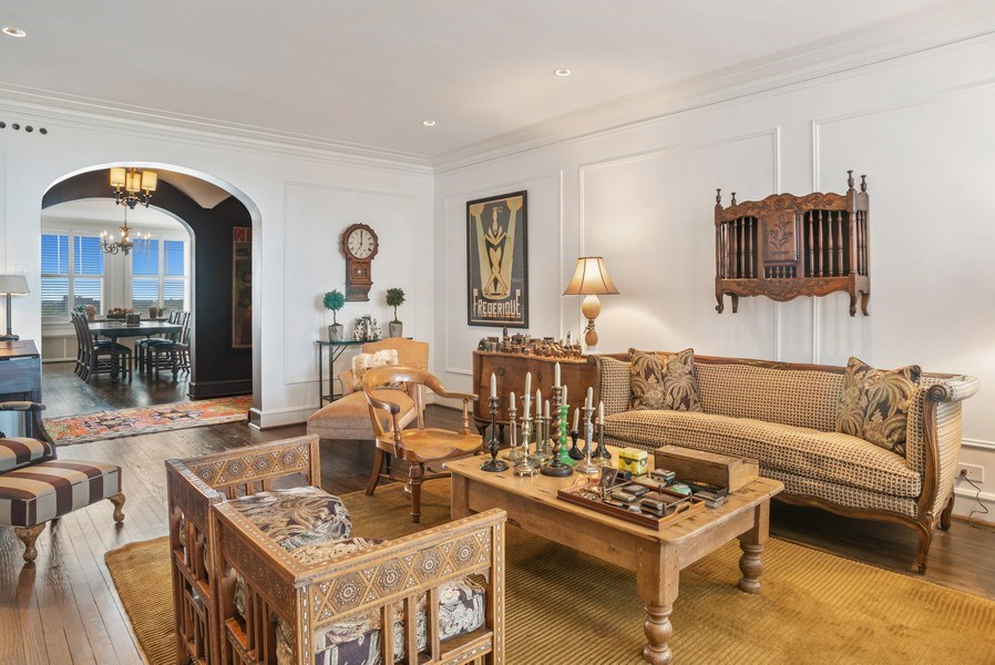 Real Estate Photography - 2440 Lakeview Ave, 12F, Chicago, IL, 60614 - Living Room / Dining Room