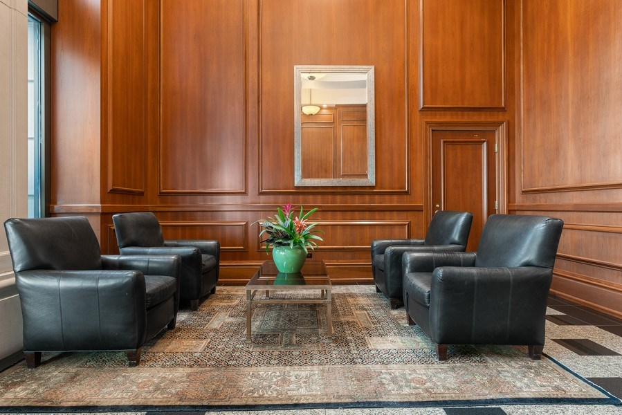 Real Estate Photography - 1301 N. Dearborn, #903-4, Chicago, IL, 60610 - Lobby