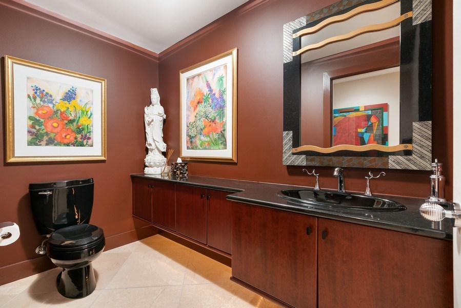 Real Estate Photography - 1301 N. Dearborn, #903-4, Chicago, IL, 60610 - Bathroom