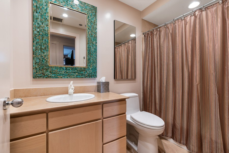 Real Estate Photography - 1301 N. Dearborn, #903-4, Chicago, IL, 60610 - 2nd Bathroom