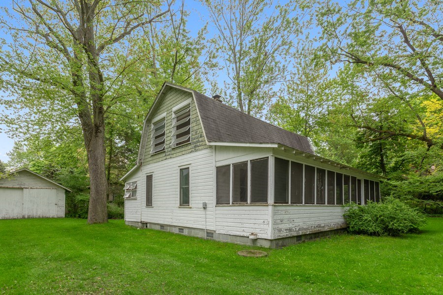 Real Estate Photography - 8691 Thomas Road, Lakeside, MI, 49116 - Front View
