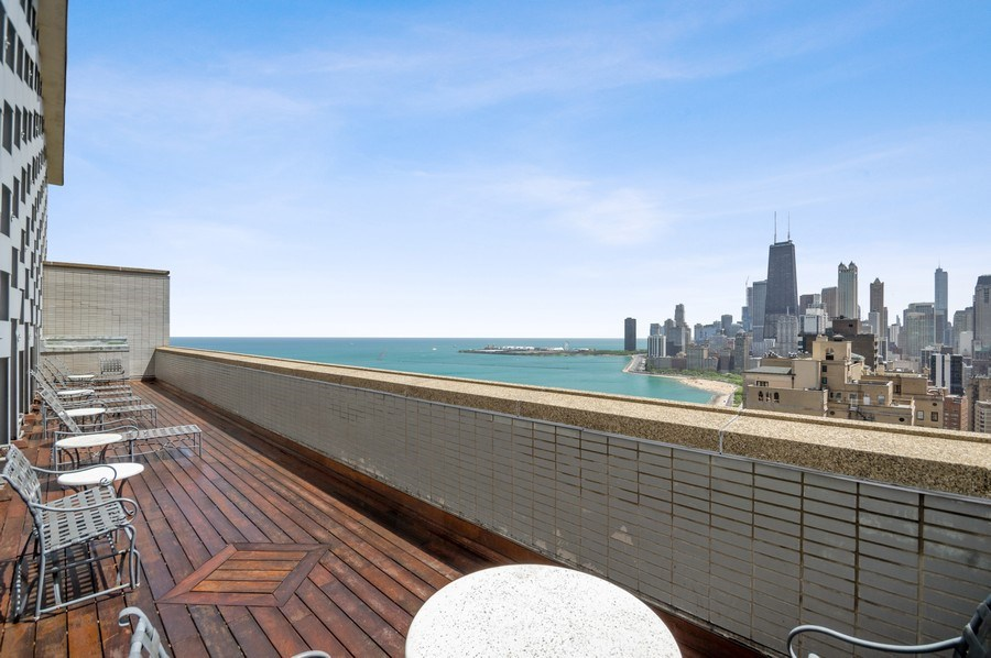 Real Estate Photography - 1550 N Lake Shore, Unit 28E, Chicago, IL, 60610 - Roof Deck