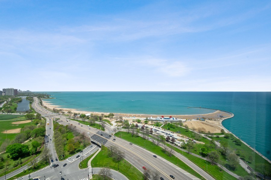 Real Estate Photography - 1550 N Lake Shore, Unit 28E, Chicago, IL, 60610 - Lake View