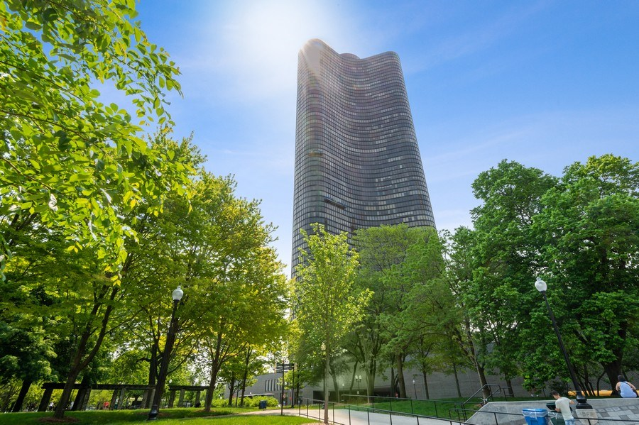 Real Estate Photography - 505 N Lake Shore Dr, Unit 5502, Chicago, IL, 60611 - Front View