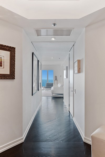Real Estate Photography - 950 N Michigan Ave, 3605, Chicago, IL, 60611 - Foyer