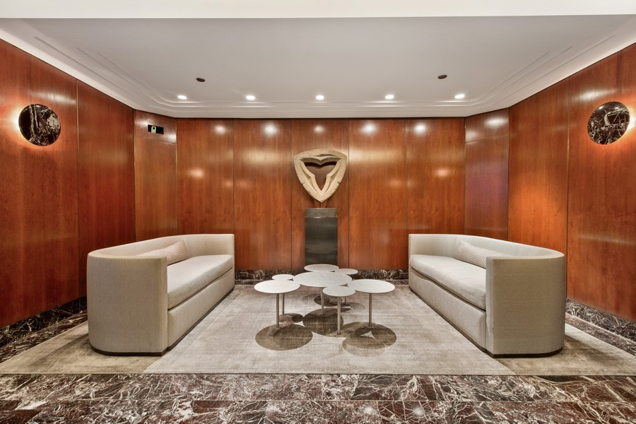 Real Estate Photography - 950 N Michigan Ave, 3605, Chicago, IL, 60611 - Lobby