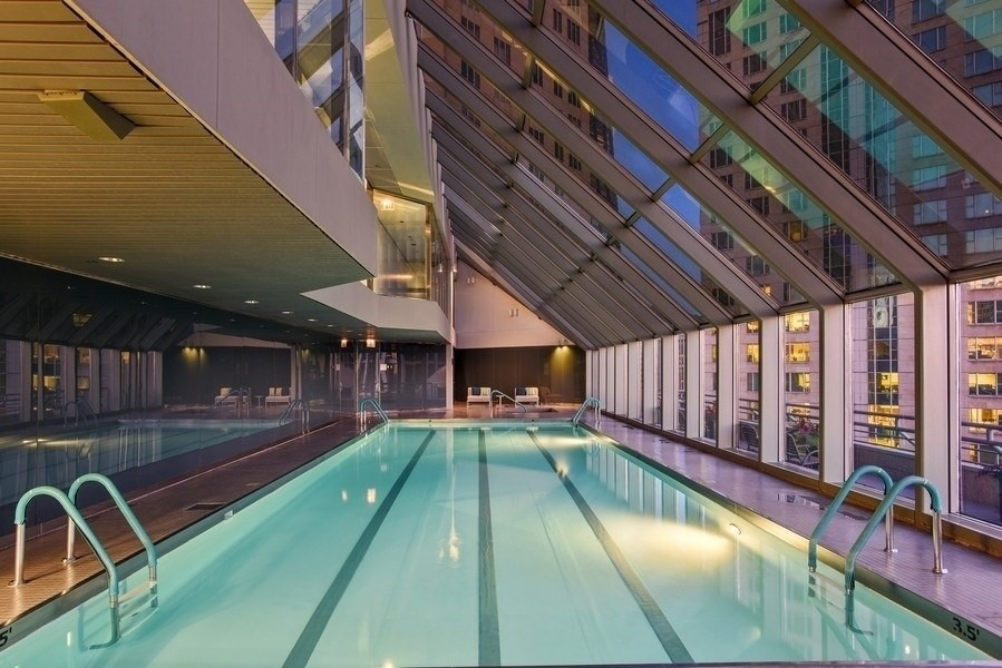 Real Estate Photography - 950 N Michigan Ave, 3605, Chicago, IL, 60611 - Pool