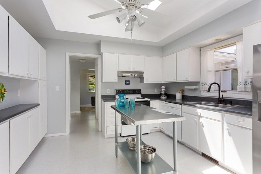 Real Estate Photography - 13892 Lakewood Drive, Harbert, MI, 49115 - Kitchen