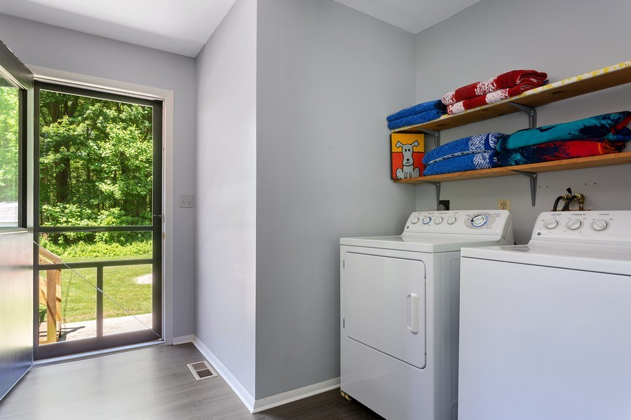 Real Estate Photography - 13892 Lakewood Drive, Harbert, MI, 49115 - Laundry Room