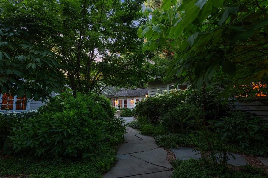 Real Estate Photography - 15120 Lakeshore Road, Lakeside, MI, 49116 - Courtyard Entry Path