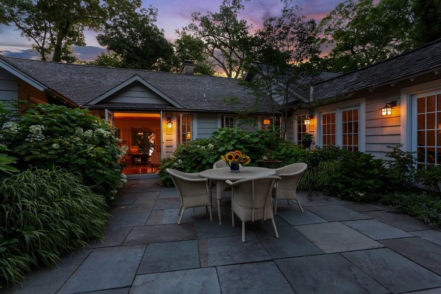 Real Estate Photography - 15120 Lakeshore Road, Lakeside, MI, 49116 - Courtyard