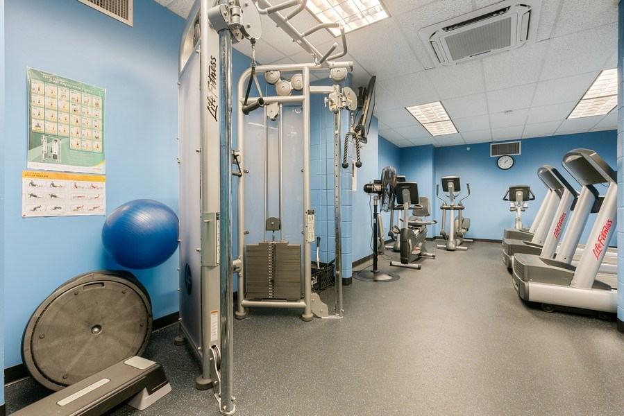 Real Estate Photography - 6007 N. Sheridan, #39C, Chicago, IL, 60660 - Gym