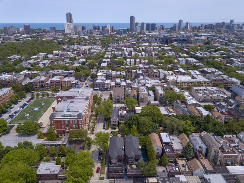 Real Estate Photography - 3754 N. Janssen, Chicago, IL, 60613 -