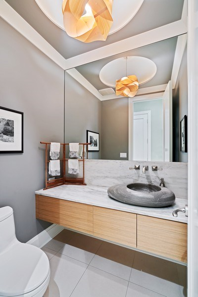 Real Estate Photography - 1905 N. Howe, Chicago, IL, 60614 - Powder Room